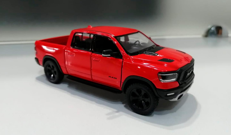 RAM 1500 2019 Rojo